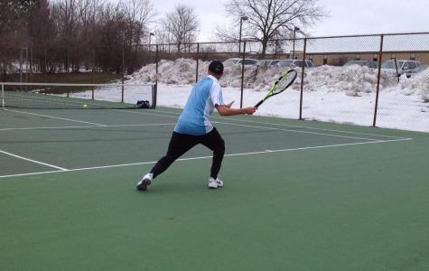 Brandon Beihoff ('18) preparing himself to give a killer forehand