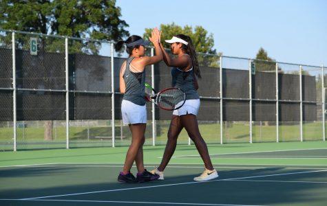 Girls Tennis prevails despite court rebuilding setback