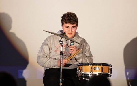 Winner Sam Dawood's ('21) talent had a lot of anticipation and (arguably) a not-so-worth-it payoff. He spent a good portion of his time on stage setting up the minimalist drum kit pictured above. After he finally took his seat, Dawood had only one joke to share with the expectant audience:
